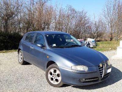 gebraucht Alfa Romeo 147 1.9 JTD (115 CV) cat 5p. Distinctive