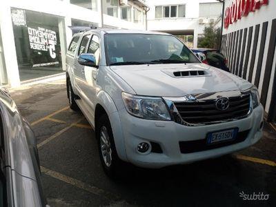 usata Toyota HiLux 2.5 d4d ufficiale 2014