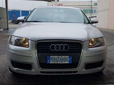 usata Audi A3 GPL 1.6 attraction
