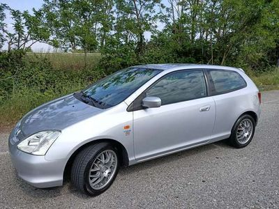 usata Honda Civic 1.6 16V VTEC cat 3 porte Red Dot