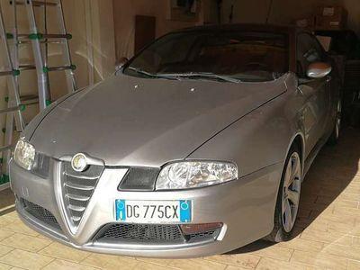 usata Alfa Romeo GT 1.9 JTDM 16V Distinctive Q2
