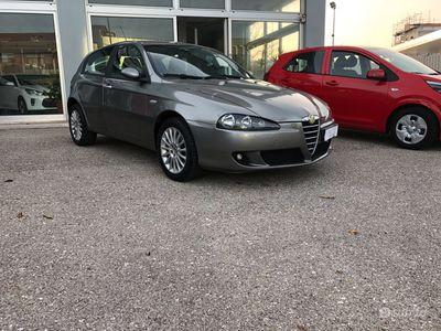 usata Alfa Romeo 147 jtd 1.9 120cv unico proprietario