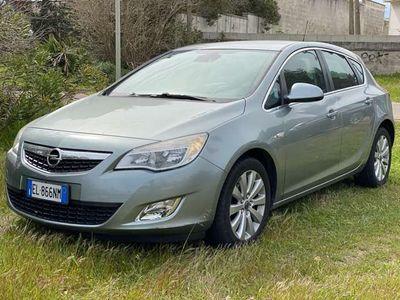 usata Opel Astra 1.7 CDTI 110CV 5 porte Cosmo