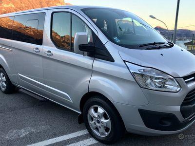 usata Ford Transit Tourneo 8 posti 2017 acquista online