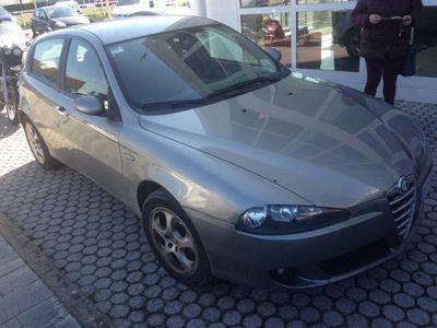 usata Alfa Romeo 147 1.6 16v Ts 5 Porte Progression Usato