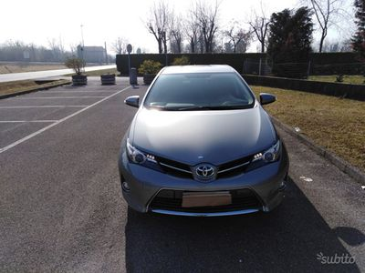 usata Toyota Auris Hybrid 1.8 Hybrid 5 porte Active