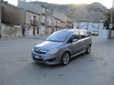 usata Opel Zafira 1.9 16V CDTI 150CV aut. Cosmo