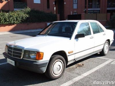 używany Mercedes 190 2.0 benzina