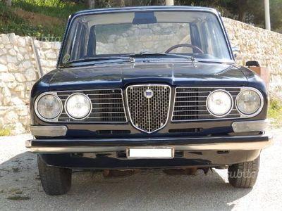 usata Lancia 2000 targa oro