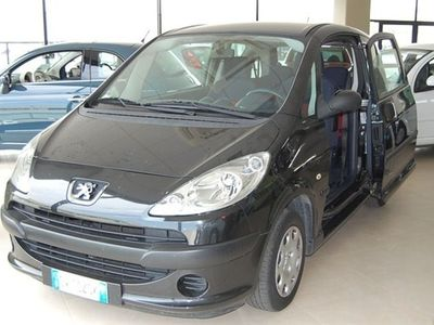 second-hand Peugeot 1007 1.4 HDi Happy