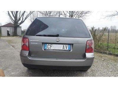 usata VW Passat Variant 1.9 TDI/130 CV cat Var. H.line