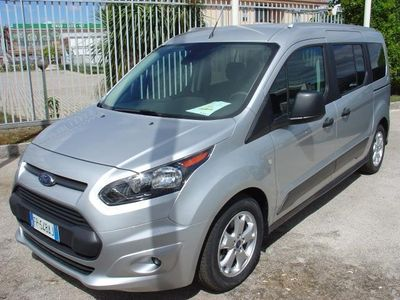usata Ford Tourneo Connect 1.5 TDCi 120 CV con Style Pack