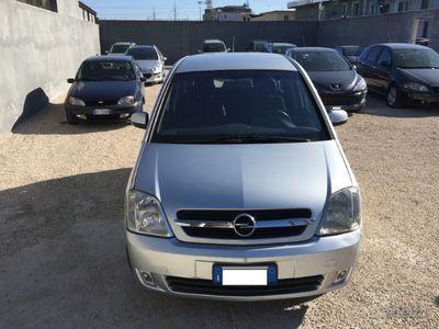 usado Opel Meriva 1.7 cdti 101 cv 2005 km 121.000