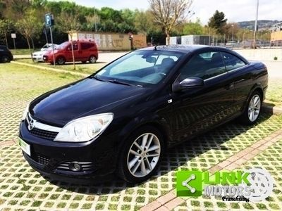 usata Opel Astra Cabriolet Twintop 1.9 16V Cdti 150cv, anno 2007, Pacchetto Cosmo e Sport Pack, manutenzione curata