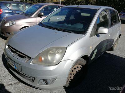 usado Ford Fiesta 1.4 TDCI BASSI CONSUMI - PER NEOPATE