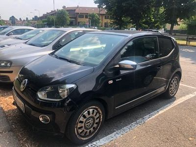 usata VW up! up! 1.0 75 CV 3p. Black