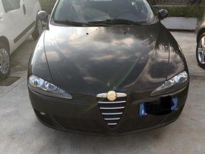 usata Alfa Romeo 147 1.9 JTD 16V cat 5 porte Distinctive