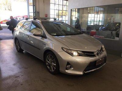 usado Toyota Auris Hybrid 5 porte Lounge