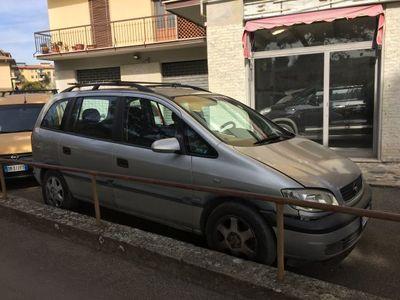käytetty Opel Zafira