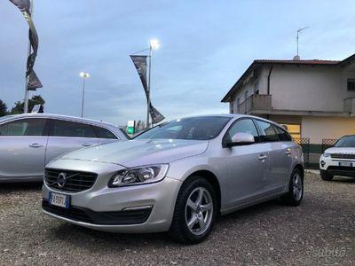 usado Volvo V60 Geartronic Business 2.0d-120cv euro 6b