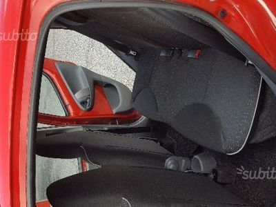 usata Peugeot 107 1.0 68CV 3p. Plaisir 2Tronic