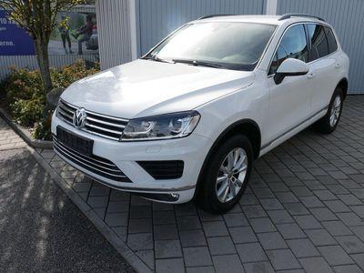 usata VW Touareg 3.0 V6 Tdi Dpf 4motion Mountain Plus * Automatic * Bmt * Ahk * 18 Zoll * Navi