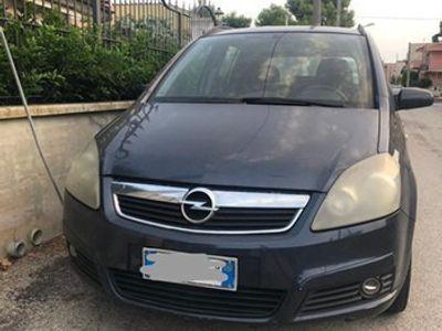 usata Opel Zafira a Siracusa