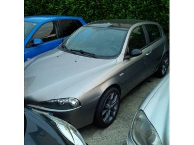 usado Alfa Romeo 1900 1.9 JTD (120) 5 porte Black Line