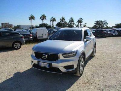 usata Volvo XC40 T5 AWD Geartronic Momentum usato