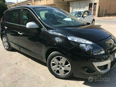 usata Renault Scénic 1.5 dci 110 cv 2011