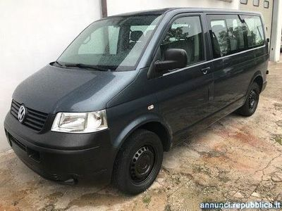 gebraucht VW Caravelle 2.5 TDI/131CV PL Trendline*9 Posti//Gancio Traino*