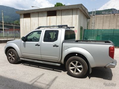 usata Nissan Navara pick updouble cab 2.5