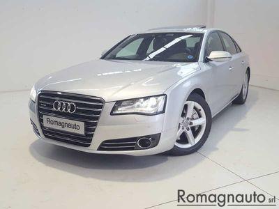 usata Audi V8 -