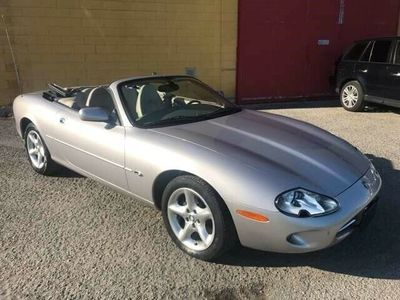 usata Jaguar XK8 4.0 Convertibile uniproprietario tagliandata