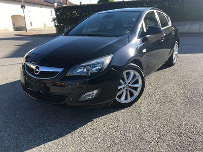 używany Opel Astra 1.6Turbo 180CV 102.000KM UNIC PROP