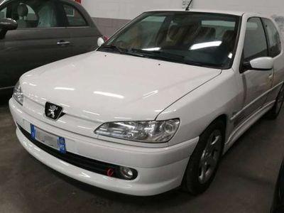 usata Peugeot 306 2.0i 16V cat 3 porte Rallye