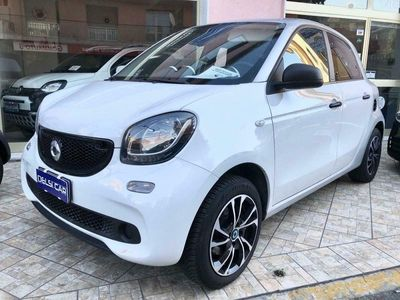 usata Smart ForFour 70 1.0 Youngster 71cv aziendale