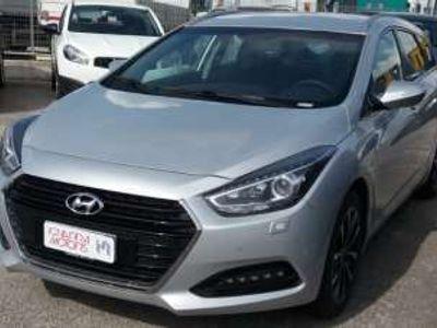 usata Hyundai i40 wagon 1.7 crdi 141cv business dct