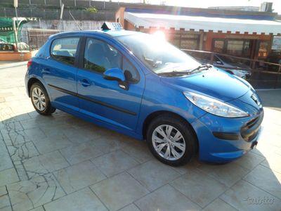 usata Peugeot 207 1.4 hdi 5p full optional neopatentati