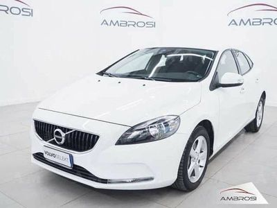brugt Volvo V40 CC D2 Geartronic Business del 2017 usata a Corciano