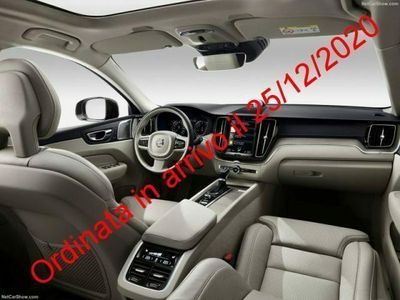 usata Volvo XC60 B4 Geartronic R-design