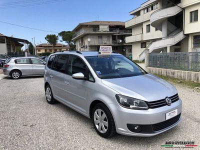 usado VW Touran 1.6TDI 77kw 105cv 2013 157.315km