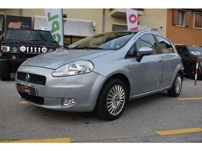 usata Fiat Grande Punto 1.3 MJT 75 CV 5 porte NEOPATENTATI