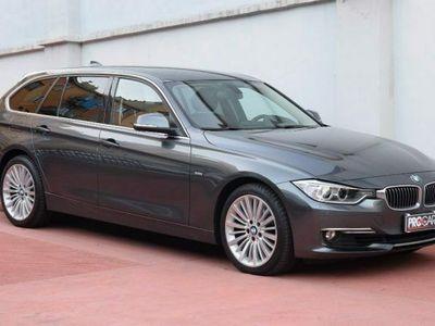 "usata BMW 330 dA Touring Luxury IVA ESP (18"",Pelle tot, Navi)"