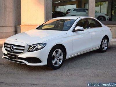 używany Mercedes E200 Auto Sport SOLI 5358 KM COMAND DVD TELECAMERA