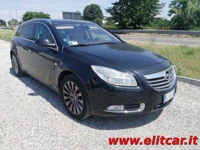 begagnad Opel Insignia Station Wagon CDTI 160CV ecoFLEX Sports Cosmo del 2011 usata a Magenta