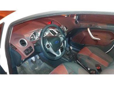 usata Ford Fiesta 1.4 5p. Bz.- GPL Tit.