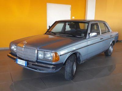 gebraucht Mercedes 240 d / iscritta asi - 1983