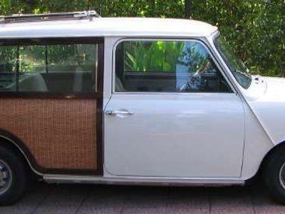 usata Austin Mini giardinetta legno interno ed esterno