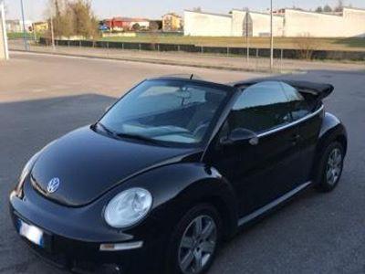 käytetty VW Beetle New1.9 TDI 105CV Cabrio